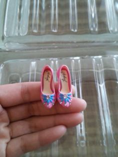 handmade collectable miniature shoes by YinyingO on Etsy-- this person's work is AMAZING