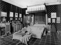 Queen Victoria's bedroom, Balmoral Castle
