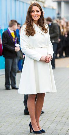 Kate Middleton shoes: every shoe the Duchess of Cambridge has worn Kate Middleton Zapatos, Kate Middleton Style, Salsa, Fashion Closet, Kate And Pippa, Kate Middleton Prince William, Blue Coats, Fashion Moda, Celebs