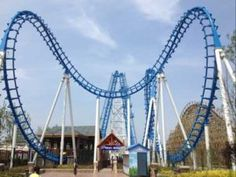 Cobra Roller Coaster for Sale - Beston New Roller Coaster Manufacturer Roller Coaster For Sale, Biggest Roller Coaster, Best Roller Coasters, Roller Coaster Ride, Amusement Park Rides, Abandoned Amusement Parks, Ring Roller, South Africa, Places To Go