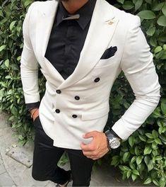 weddingideas groom groomsmen wedding mensfashion bespoke menswear mensstyle customsuit tailoredsuit weddingsuits menssuits giorgentiweddings classymensfashion is part of Mens fashion smart - Blazer Outfits Men, Mens Fashion Blazer, Suit Fashion, Formal Men Outfit, Designer Suits For Men, Look Man, Herren Outfit, Tuxedo For Men, African Men Fashion