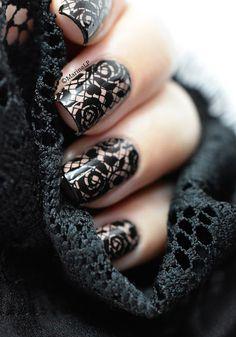 Un soupçon de dentelle... - lace nails with pueen27