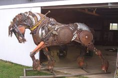 art sculpture horse steampunk steam punk metal work steampunk tendencies scrap metal Metal Art steampunk sculpture Steampunk Horse LOVE IT Metal Yard Art, Scrap Metal Art, Horse Sculpture, Animal Sculptures, Metal Sculptures, Abstract Sculpture, Bronze Sculpture, Iron Fey, Steampunk Kunst