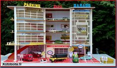 Toy Garage, Play Sets, Retro Toys, Garages, Cool Toys, Diecast, Miniatures, Cool Stuff, Vintage Toys