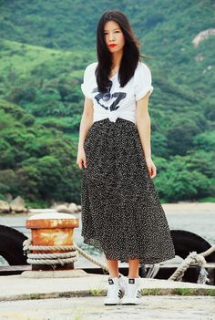 Vintage skirt, American Apparel tee, Adidas Original sneakers.