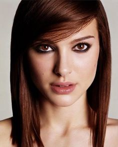 LOVE this hair color- auburn? love auburn hair and natalie portman too lol Medium Hairstyles For Girls, Medium Hair Styles, Straight Hairstyles, Short Hair Styles, Hair Medium, Layered Hairstyles, Brown Hairstyles, Medium Long, Medium Brown