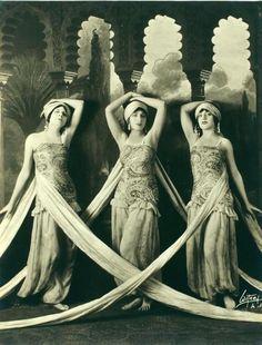 fabric-draped dancing ladies, 1919