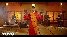 Francesco Gabbani - Occidentali's Karma Italy's Eurovision song for 2017 Eurovision 2017, Eurovision Song Contest, Eurovision Songs, Karma, Canti, Rock Videos, Piece Of Music, Pop Music, Music Hits