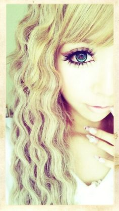 Gyaru Circle lenses Sakurina  #1 Fantastic way Match Your Eye Color with Cosmetic Colored Contact lens click here ! http://www.contactlensxchange.com/index.php?main_page=product_info&cPath=3&products_id=96