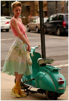 pretty vintage style and a super cute scooter to boot!