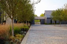 Landscape design is simple in the manner of you break it alongside into individual ideas. Check out some of our favorite easy landscaping ideas and strategies for making a pretty yard. * Browse the image link for more information. Landscape Plans, Landscape Architecture, Landscape Design, Architecture Design, Garden Design, House Design, Desert Landscape, Modern Barn, Modern Farmhouse