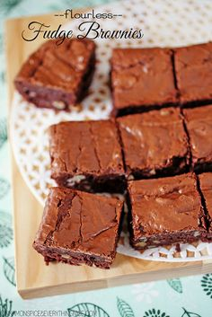 Flourless Fudge Walnut Brownies