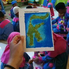 Sulawesi Island, Indonesia Kids craft with Glitter