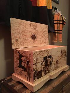 Harry Potter Pyrography Chest by Ashley Royer of AKAcosplayandart #woodburning #wompingwillow #hogwartsexpress #hogwarts #marauders