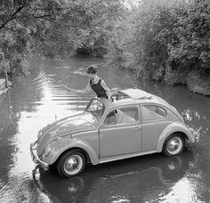 VW Beetle… goin' fishin' mesmomeugenero: