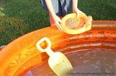 Goldwäsche im Garten - ganz einfach und macht allen Kindern großen Spaß!
