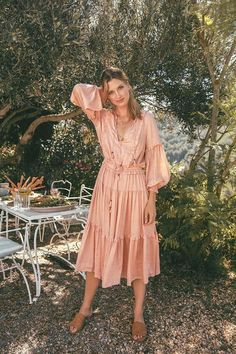 "Spell Designs ""Lady Amethyst"" Collection Is Boho Style At Its Best Bohemian Mode, Bohemian Style, Spring Dresses, Spring Outfits, Maxi Dresses, Fashion Week, Boho Fashion, 90s Fashion, Fashion Online"