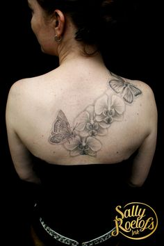 flowers and butterflies, I really like that it isn't a dark tattoo. made by tattoo artist Sally Roelofs Dark Tattoo, Sally, Tattoo Artists, Butterflies, Ink, Tattoos, Flowers, Tatuajes, Tattoo Black