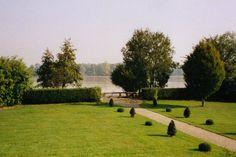 Sjekk ut dette utrolige stedet på Airbnb: Maison de charme bord de Dordogne . - Hus til leie i Fronsac