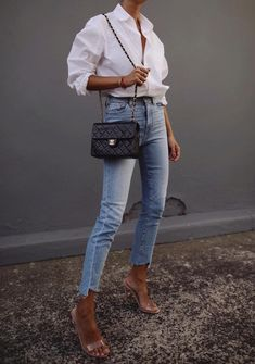 Minimalist Wardrobe: