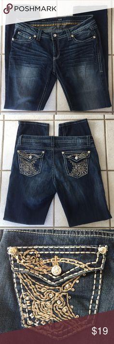a.n.a.✨Dark Wash Denim Jeans Straight leg jeans. Size 32/14. a.n.a Jeans Straight Leg