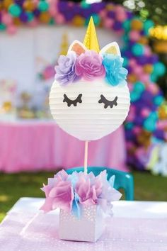 55 Epic Unicorn Party Ideas Simple to use paper plate for head. Diy Unicorn Birthday Party, 1st Birthday Parties, Birthday Ideas, Rainbow Unicorn Party, Unicorn Centerpiece, Unicorn Decorations Party, Star Decorations, Party Banner, Birthday Party Centerpieces