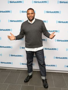 Anthony anderson's weight loss causing wardrobe issues at work chubby men fashion, large men fashion Chubby Men Fashion, Large Men Fashion, Mens Fashion, Fashion 2018, Fashion Hats, Fashion Styles, Fashion Clothes, Fashion Rings, Fall Fashion