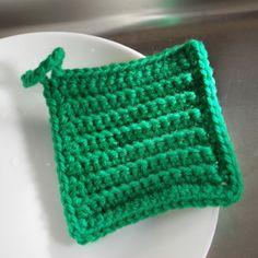 目次1 かぎ針編みで超簡単に作れる&使いやすいエコたわし、編めます!2 うね編みのエコたわしの編み方3 つまづきやすいポイントを画像つきでチェック☆4 いかがでしたか? かぎ針編みで超簡単に作れる&使いやすいエコたわし、編めます! かぎ針編...