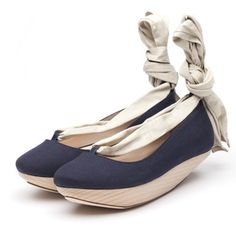 LF0100B Lyla Navy canvas sand Pair.jpg