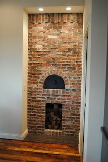 Fireplace with bread oven fireplace and pizza oven for Back to back indoor outdoor fireplace