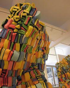 Olga Lah; sponge orientation and color create a visual rhythm