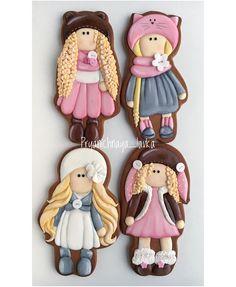 И снова милые куколки по иллюстрациям Тани Бони🌸  #пряничная_лавка_детки #ночнойторт_злойкондитер Sugar Cookie Icing, Iced Sugar Cookies, Royal Icing Cookies, Cake Cookies, Cookies For Kids, Easter Cookies, Gingerbread Icing, Angel Cookies, Girl Cupcakes
