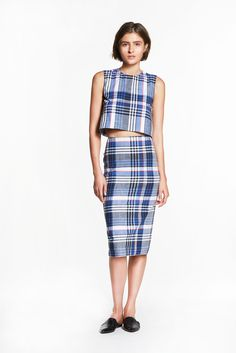 Jenni Kayne | Pre-Fall 2015 | 02 Blue checkered sleeveless cropped top and midi skirt