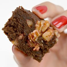 Brownie Bomb - Paleo Treats®️️ - These are the paleo brownies you've been looking for! Paleo brownie recipes are too much work.Your time is valuable.Never mind no-bake, how about no-make? Let our experts bake fresh chocolatey brownies for you. #certifiedpaleo #paleo