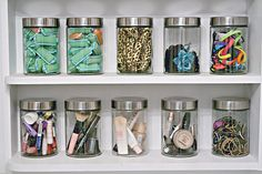 Budget-makeup-storage-idea