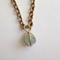 Minty green #fluorite prong necklace on fleek!
