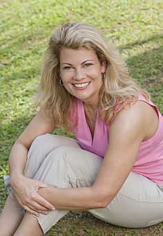 "Competing On Survivor Is A ""Dream Come True"" For Lisa Whelchel"