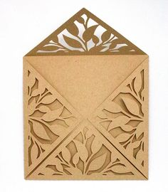 Use a paper cutting technique to make beautiful envelopes. Paper Cutting, Cut Paper, Die Cutting, Kirigami, Paper Art, Paper Crafts, Foam Crafts, Carton Invitation, Envelope Art