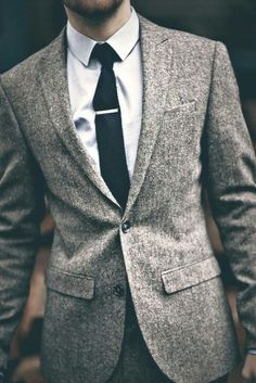 <b>You can't expect to look all dapper and gentlemanly without knowing Suiting 101.</b>
