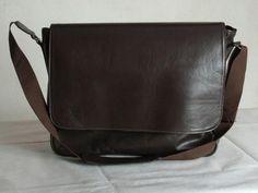 Leather Bags, Messenger Bag, Men's Fashion, Fashion Accessories, Satchel, Mens Holdall Bag, Fabric Purses, Men's Fashion Accessories, Backpacks