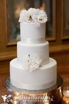 wedding cake idea (add champagne shimmer icing and red peonies)