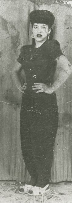 Unidentified Zoot Suit Woman or Pachuca from the 1940s -- Photo #64674