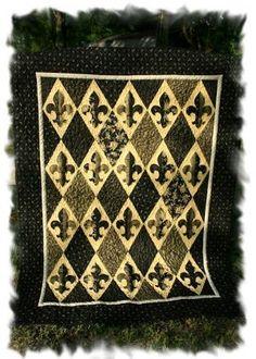 Crazy Old Ladies Quilts: PATTERNS | Quilts...simple quilts that ... : fleur de lis quilt pattern - Adamdwight.com
