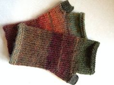 Ravelry: Project Gallery for Fingerless Mittens pattern by Chris de Longpré