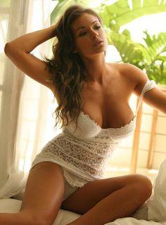 #MoonRayPicks Beautiful Hot Model