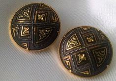 Earrings Vintage Damascene 24Kt Gold Etched Clip Back 22mm