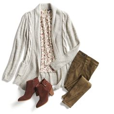 Love this outfit! Not so much the shoes stitch fix monthly trends Stitch Fit, Stitch Fix Fall, Stitch Fix Outfits, Distressed Denim Shorts, Fashion Looks, Fashion Tips, Fashion Trends, Fashion Outfits, Latest Fashion