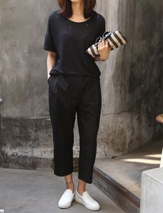 Sneakers Fashion Outfits Minimal Chic Death Ideas For 2019 Minimal Chic, Minimal Fashion, Sneakers Fashion Outfits, Mode Outfits, Chic Outfits, Mode Style, Style Me, Casual Chique, Moda Casual
