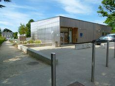 ZAC du Courtil Brécart _ Salle de quartier: GLV architectes Maîtrise d'ouvrage : SONADEV, agissant pour le compte de la ville de Saint-Nazaire  - Groupement de maîtrise d'oeuvre : architectes-urbanistes : In Situ, mandataire  - Paysagiste : Zéphir  - BET infrastructure : A2i infra.