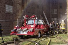 Fire Truck Photo of the Day-Chicago Turret Wagon by Steve Redick Firefighter Paramedic, Volunteer Firefighter, Firefighters, Chicago Fire Department, Fire Dept, Volunteer Gifts, Volunteer Appreciation, Emergency Equipment, Cool Fire